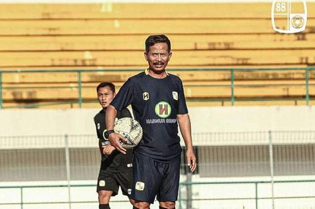 https: img.okezone.com content 2021 10 14 49 2486381 hadapi-pss-sleman-barito-putera-siap-bangkit-di-liga-1-2021-2022-bEm3Au9P2D.jpg