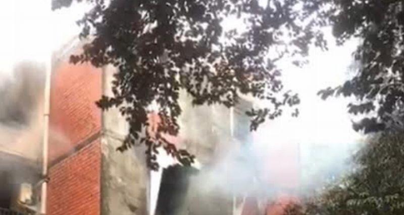 https: img.okezone.com content 2021 10 15 338 2486683 kebakaran-rusun-perumnas-klender-disebabkan-korsleting-listrik-XoIIqreyqt.jpg