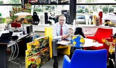 \      Keberhasilan CEO Lego Gebrak Industri Mainan (3)\