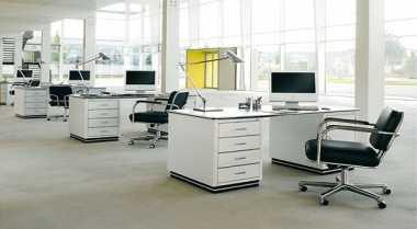 \Feng Shui Meja Kantor agar Karier Sukses\