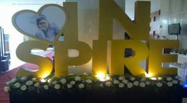 \Bunga untuk Karen Agustiawan di Hari Terakhirnya\