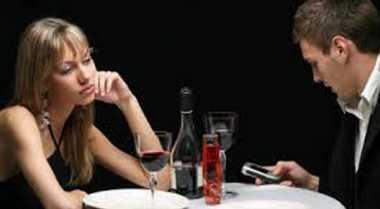 Trik Hilangkan Bosan dalam Hubungan