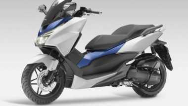 Skutik Gambot Honda Meluncur di Paris