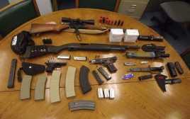 Martin Ditangkap karena Bawa Banyak Senjata ke Sekolah