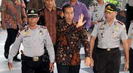 Jokowi ke Kupang, Empat Heli & Lima Kapal TNI Siaga