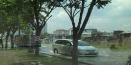 Jalan Baru Ancol Selatan Tergenang Banjir