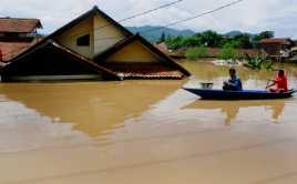 Sumatera Barat Diterjang Banjir Bandang, Seorang Warga Hilang