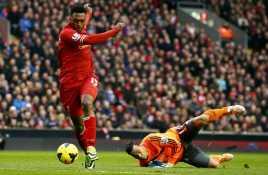 Turunkan Sturridge, Risiko Terbesar The Reds
