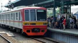 Ada Pohon Tumbang, Arus Listrik di Jalur Kereta Dimatikan
