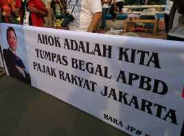 Relawan Jokowi Bekingi Ahok Lawan DPRD DKI