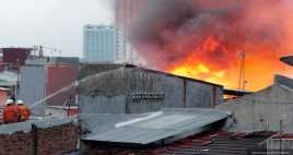 Kebakaran di Glodok Berhasil Dipadamkan