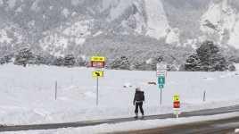 1.800 Penerbangan di AS Dibatalkan karena Cuaca Ekstrem