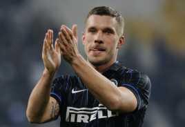 Stop Memojokkan Podolski