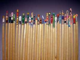 Seniman Jerman Pahat Tusuk Gigi Jadi Action Figures