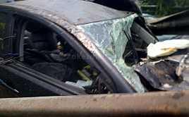 Kecelakaan Tunggal Mitsubishi Pajero Ringsek di Tol Cawang