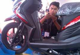 2 446 Siswa SMK Otak atik Motor Honda