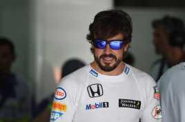 Alonso Disemangati Pembalap Mercedes