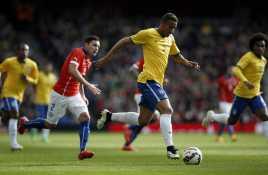 Bek Baru Madrid Akan Sudahi Karier Carvajal