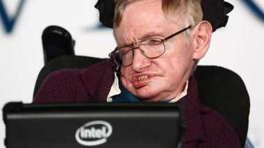 Pernyataan Stephen Hawking Soal Zayn Malik One Direction