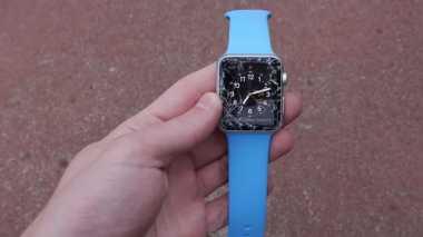 Video Apple Watch Gagal dalam Uji Drop Test