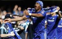 Chelsea Juara, Drogba Belum Pikirkan Masa Depan