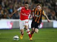 Sundulan Quinn Tembus Pertahanan Arsenal
