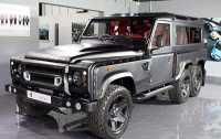 Land Rover Defender Beroda Enam, Harga Rp4,1 Miliar