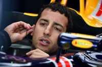 Gagal Start di Posisi Tiga, Ricciardo Frustasi