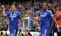Chelsea Angkat Trofi, Terry Malah Sedih