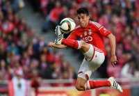 Incar Bintang Benfica, Chelsea Saingi United