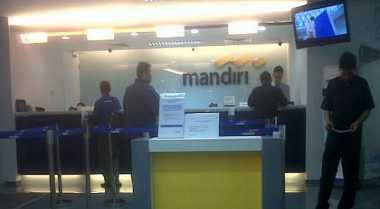 \Dana Kelolaan Nasabah Kaya Bank Mandiri Tembus Rp141 T\