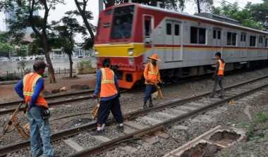 \   Jalur KA Double Track Medan-Kualanamu Rampung 2016   \