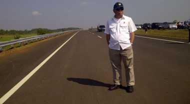 \Tol Cikampek-Palimanan Diresmikan Usai Pernikahan Anak Jokowi\
