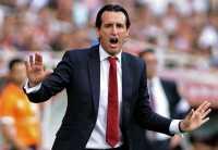 Dilirik Napoli, Juara Europa League Langsung Amankan Pelatih