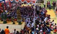 Lantunan Doa Umat Buddha Bergema di Candi Mendut