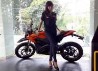 Butuh Proses Jual Sepeda Motor Listrik di Indonesia