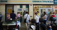 Seluruh Bank di Yunani Berhenti Beroperasi