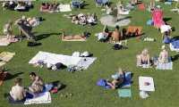 Singlet dan Celana Pendek, Seragam Musim Panas Pekerja Inggris