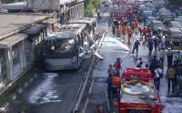 Transjakarta Terbakar di Salemba Diduga Akibat Korsleting Listrik