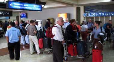 \Hari Kedua Terminal Soetta Terbakar, Empat Penerbangan Delay\