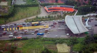 \Pengguna Tol di Semarang Diprediksi Naik 16,7% Saat Mudik\