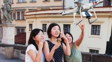 Samsung Siapkan Drone untuk Selfie?