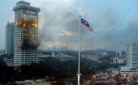 Markas Kepolisian Malaysia Dilalap Api