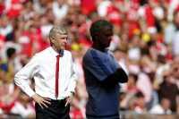 Tak Berjabat Tangan dengan Wenger? Itu Bukan Kiamat