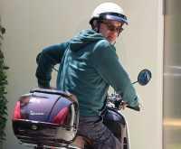Kenangan Tom Hanks & Julia Roberts di Atas Vespa