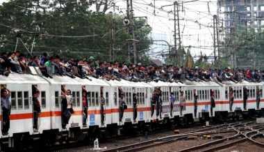 \   Kereta Api Akan Tinggalkan Penggunaan BBM   \