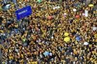 Demonstrasi Besar-besaran di Malaysia Berlangsung Damai