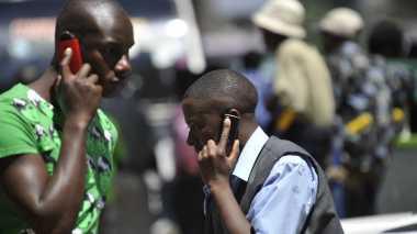 Ponsel Bantu Prediksi Wabah Penyakit