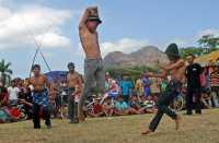Ritual Minta Hujan, Petani Saling Pukul dengan Rotan