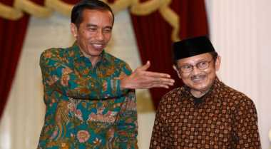 \Perbedaan Sikap Habibie dan Jokowi Saat Perekonomian Tertekan\